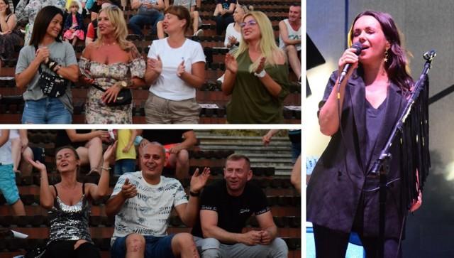 Zobaczcie, jak bawili się ci, którym udało się zdobyć wejściówki na koncert Kasi Kowalskiej w Kruszwicy >>>>