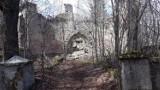 Kiedyś to było najpiękniejsze schronisko w Górach Izerskich i Karkonoszach. Teraz to ruiny i sterta gruzu. Tak wyglądało Kesselschlossbaude