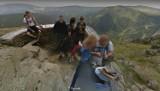 Tłumy turystów na szczycie Śnieżki. Kamera Google Street View w akcji