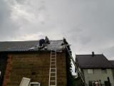 Z REGIONU. Po burzach zerwane dachy i przewrócone drzewa ZDJĘCIA