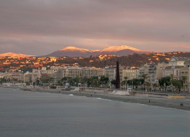Sprawdź, jaka jest pogoda w Nicei w poszczególnych miesiącach