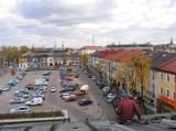Plac Kościuszki w Tomaszowie Mazowieckim. Tak się zmieniał na przestrzeni ponad 100 lat! [ZDJĘCIA]