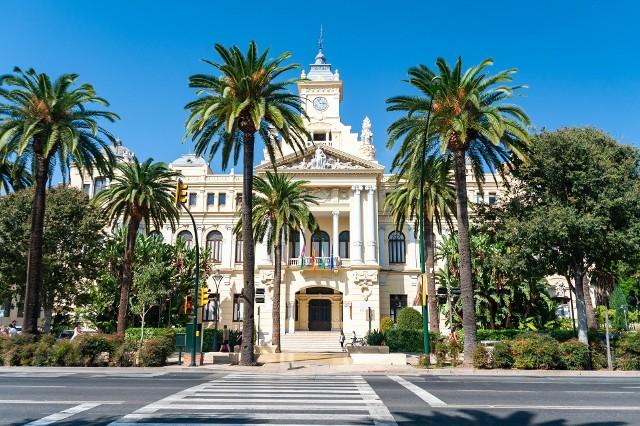 Przekonaj się, kiedy warto lecieć do Malagi. Pogoda nie spłata ci figla