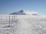 Zimowe Karkonosze mogą być niebezpieczne. Jak przygotować się do wyjścia na szlak?