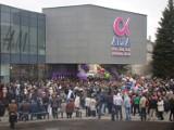 """Otwarcie galerii """"Alfa"""" w Grudziądzu. Tak wyglądało otwarcie największej galerii handlowej w Grudziądzu w 2012 roku [archiwalne zdjęcia]"""
