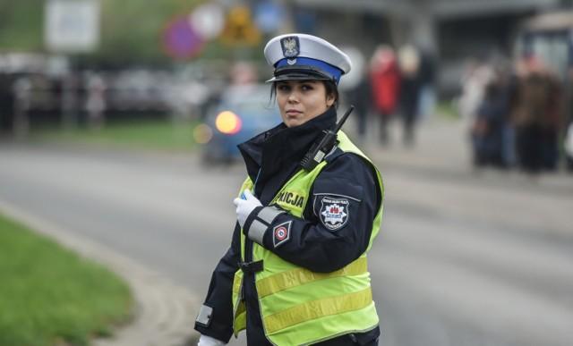 W polskiej policji służy już coraz więcej kobiet. Specjalnie dla Was zebraliśmy zdjęcia najładniejszych funkcjonariuszek policji w województwie kujawsko-pomorskim.