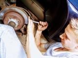 Motoryzacja: Twoje auto czeka na przegląd? Pamiętaj, żeby wybrać się do prawdziwego fachowca
