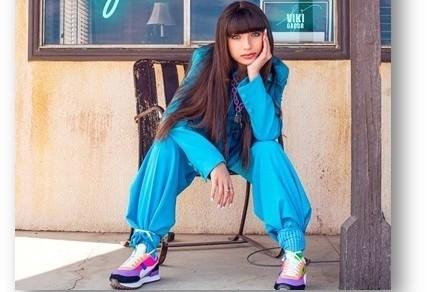 """Viki Gabor: Nowy singiel """"Gateway"""" ukazuje się w czasach koronawirusa. Co laureatka konkursu Eurowizja Junior 2019 robi w domu? Kiedy płyta?"""