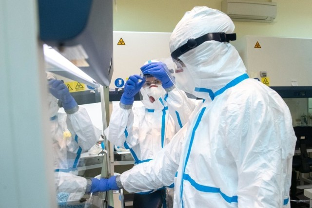 Dane statystyczne dotyczące pandemii koronawirusa w środę, 15 września 2021 roku.