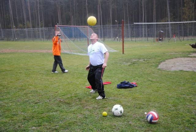 Janusz Chomontek, rekordzista księgi Guinessa w żonglowaniu piłką