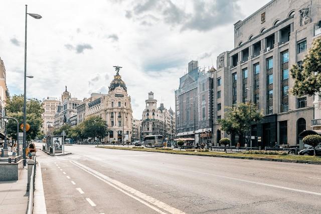 Przekonaj się, kiedy warto lecieć do Madrytu. Pogoda nie spłata ci figla