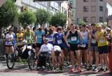 40. BIEG KROTOSA: Blisko 500 biegaczy i biegaczek wzięło udział w biegu głównym na 10 km [FOTOGALERIA]