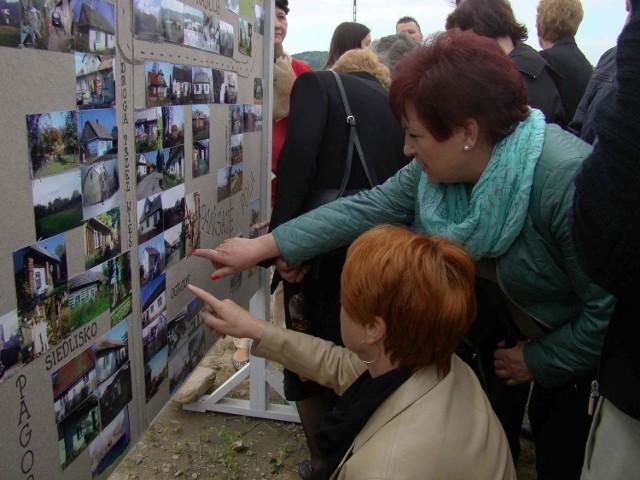 W niedzielę (3.05) na terenie byłej wsi Skawce odbyła się plenerowa wystawa zdjęć, połączoną z ostatnią majówką w dawnym centrum wsi, które teraz jest kompletną pustką. Wystawa cieszyła się bardzo dużym zainteresowaniem.