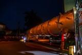 Z REGIONU Kolejna gigantyczna kolumna rektyfikacyjna wyjechała z pleszewskiego Spomaszu ZDJĘCIA