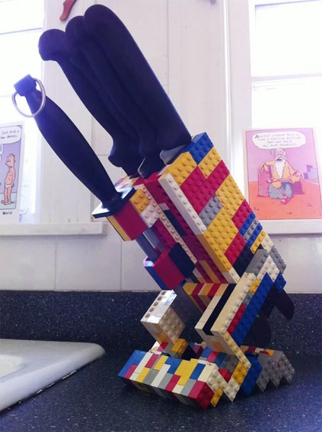 Torebka, stojak na noże, a nawet schody! Nie pomyślałbyś, że tak można wykorzystać klocki LEGO
