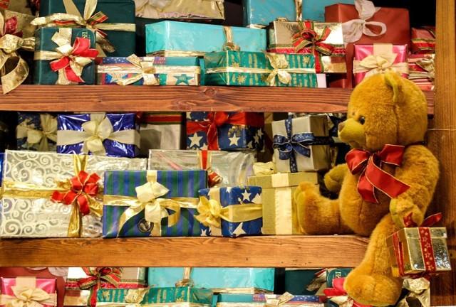 Pomysły na prezenty pod choinkę. Co kupić bliskim? Zobacz nasze propozycje!