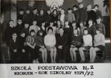 Pamiętacie dawne lata w Szkole Podstawowej nr 2 w Kłobucku? Zobaczcie stare ZDJĘCIA