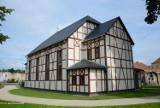 Ostatni Dom Modlitwy otrzymał drugie życie. To perełka architektury! [ZDJĘCIA]
