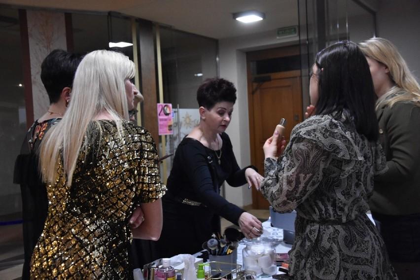 Dzień Kobiet 2020: Tak się bawią panie w Książu...