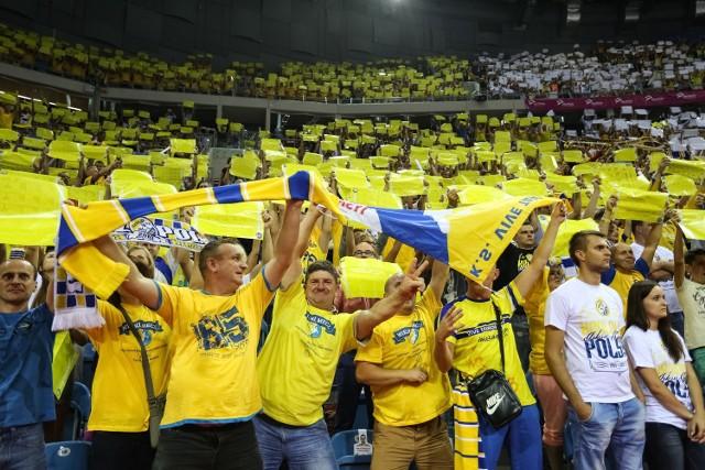 Zespół Vive Tauron Kielce zremisował w sparingowym spotkaniu z Paris Saint Germain Handball 32:32.