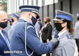 Nowi policjanci trafią do Żar. Słowa roty przysięgi wypowiadali z dumą i wzruszeniem