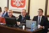 Radni Rady Powiatu Krotoszyńskiego przekazali 13 tys. zł na walkę z koronawirusem [ZDJĘCIA]
