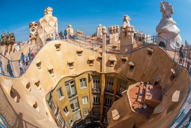 Pogoda w Barcelonie. Porównaj poszczególne miesiące