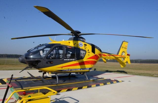 Jedną poszkodowaną transportowano śmigłowcem do szpitala.