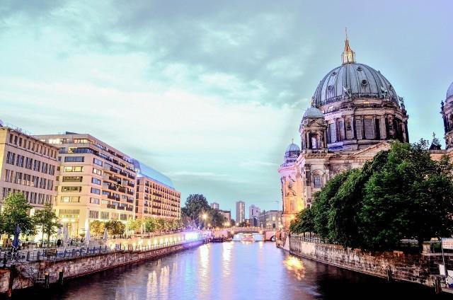 Przekonaj się, kiedy warto lecieć do Berlina. Pogoda nie spłata ci figla
