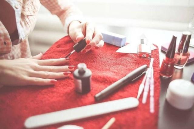 To najwyżej oceniane salony kosmetyczne, makijażystki i kosmetyczki w Mogilnie i Strzelnie według użytkowników Google >>>>>