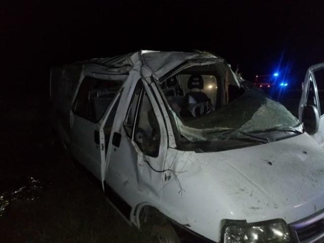W poniedziałek, 13 września w godzinach wieczornych (kilometr od miejscowości Mostki, w kierunku Świebodzina), doszło do tragicznego wypadku. Zginął w nim pasażer busa.