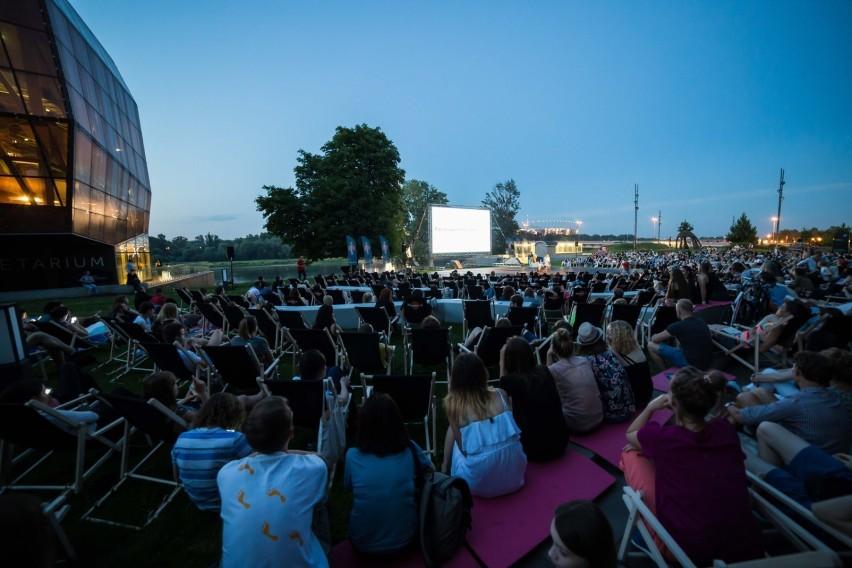 Kino Letnie Warszawa 2019 Program Jakie Filmy Obejrzymy