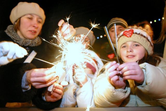 WOŚP w Piotrkowie na archiwalnych zdjęciach z lat 2003-2009