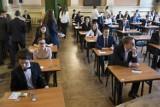 Matura 2017 w Warszawie. Jak wypadł egzamin dojrzałości w dzielnicach stolicy? [PRZEGLĄD]