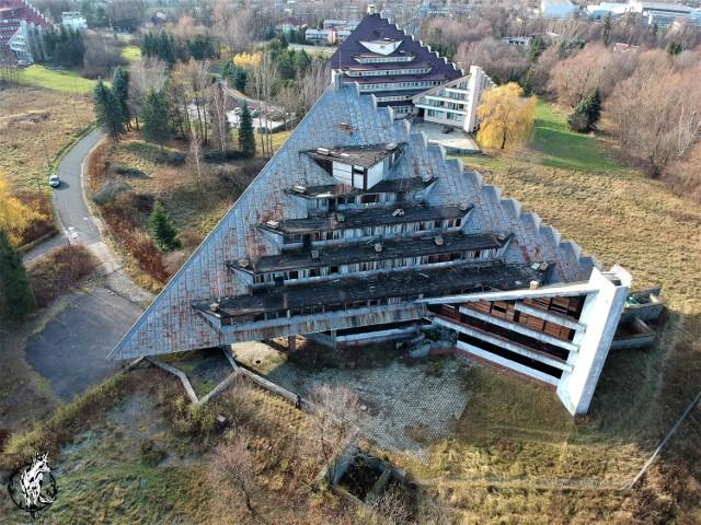 Maciejka w Ustroniu. Opuszczony dom wczasowy
