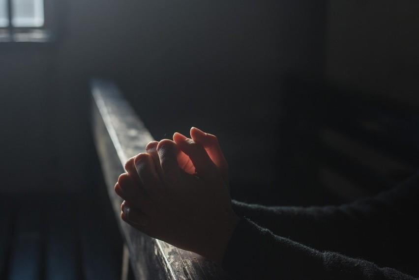 Modlitwa na czas epidemii. Jej autorem jest ksiądz (TEKST MODLITWY)