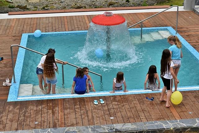 Oficjalne otwarcie Parku Zdrojowego w Ciężkowicach. Wydarzeniu towarzyszyły liczne atrakcje dla najmłodszych. Można było też skorzystać z zabiegów hydroterapii