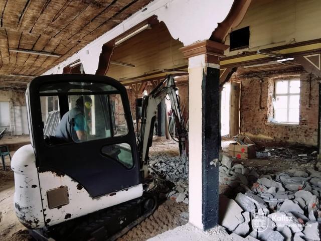 Trwa remont hali na kaliskiej Rogatce. Powstanie w niej Akcelerator Kultury