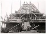 Tak za czasów Niemca budowano kościół św. Bonifacego w Zgorzelcu. Zobacz jak to wyglądało ponad 90 lat temu