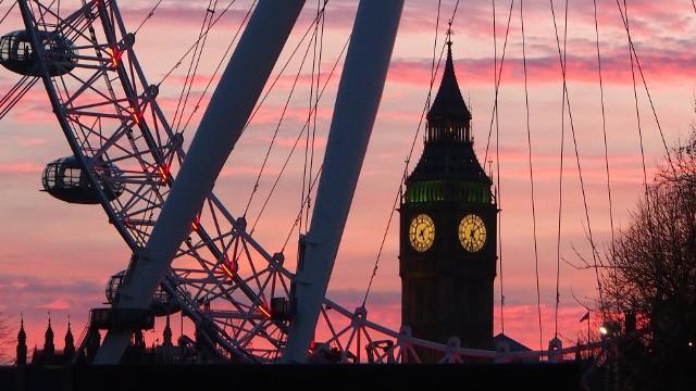 Przekonaj się, kiedy warto lecieć do Londynu. Pogoda nie spłata ci figla