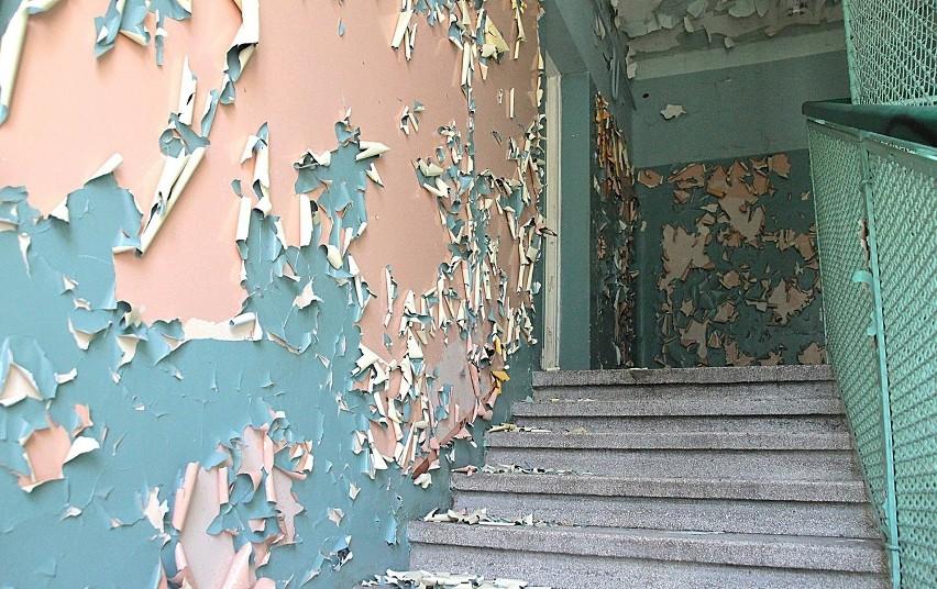 Opuszczony szpital psychiatryczny w Krakowie. Zobaczcie niesamowite zdjęcia