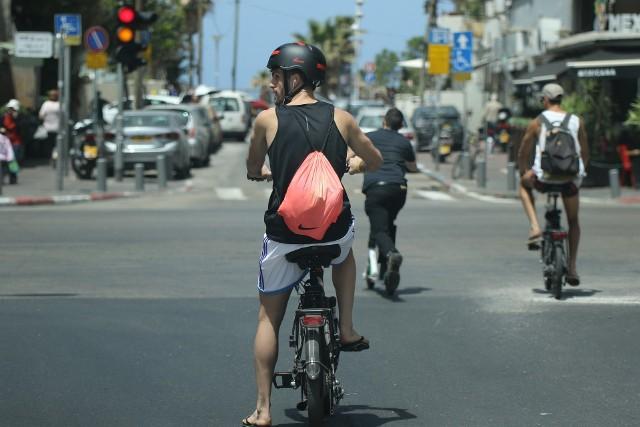 Pogoda w Tel Awiwie. Porównaj poszczególne miesiące