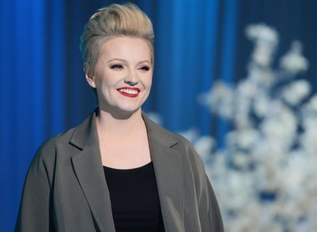 """Dorota Szelągowska pokazała w znanym programie """"Tu jest pięknie"""" pałac w Osowej Sieni."""