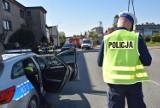 Pierwoszyno. Wypadek na ul. Kaszubskiej. 22-latek w Golfie wymusił pierwszeństwo na motocykliście, który wpadł w Toyotę | ZDJĘCIA