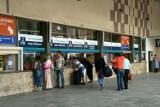 Dworzec PKP w Zielonej Górze w ostatnich latach zmienił się nie do poznania. Stare zdjęcia mogą Was zaskoczyć
