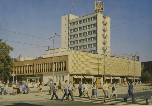 Gorzów na starych pocztówkach. Zobaczcie, jakie stare pocztówki udostępnił nam  Czytelnik Andrzej Majsak.