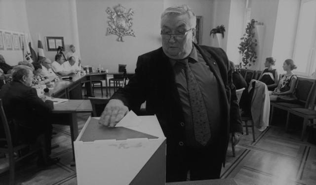 Józef Cholewka był wieloletnim radnym gminy Wadowice