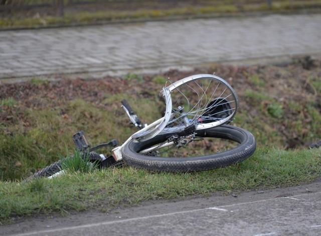 Potrącenie rowerzystki w miejscowości Zawady