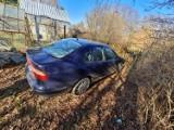 Kolejny policyjny pościg w Zgorzelcu. Kierowca był naćpany i uciekał przed aresztem. Samochód porzucił w szczerym polu