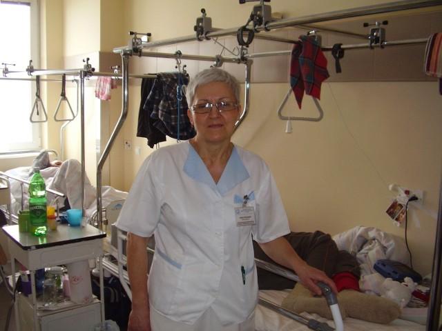 Halina Piotrowska pracuje na oddziale rehabilitacji Szpitala Powiatowego w Brzesku